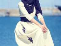 Chic ways to style your abaya