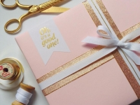Christmas guide: glamorous gift wrapping ideas for style enthusiasts