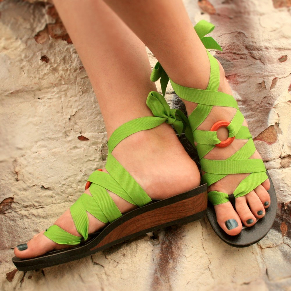 mohop low walnut thong ribbon wedge sandals